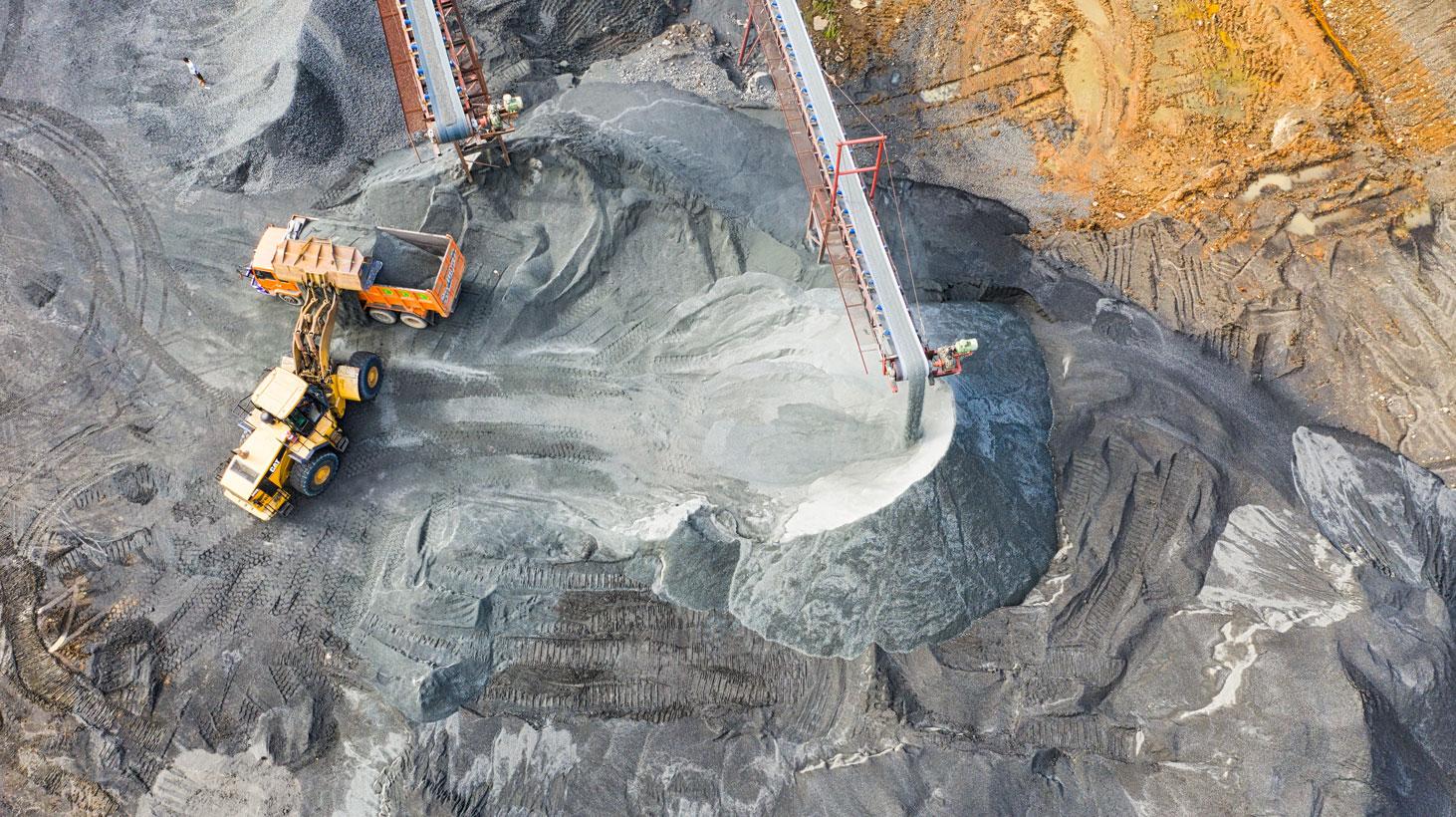UNK Latam cierra acuerdo con importante minera.